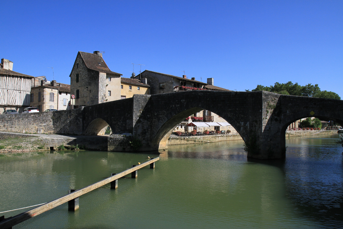 Pont romain à Nérac en Lot-et-Garonne - BAT47